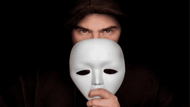 man-behind-mask-777x437